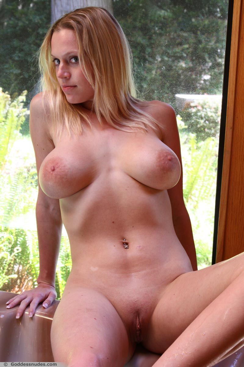 cat goddess nude