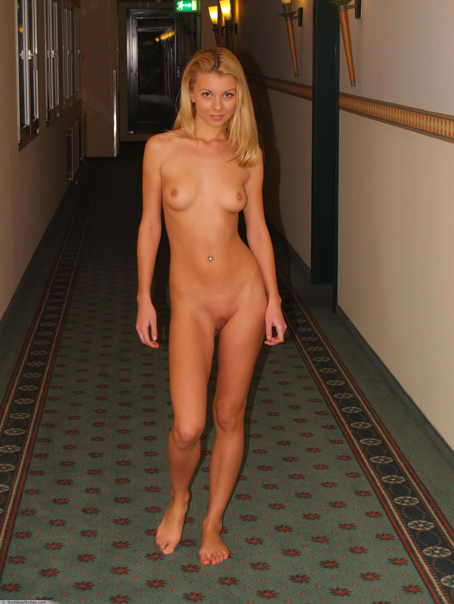 Your why model women like to be naked nude
